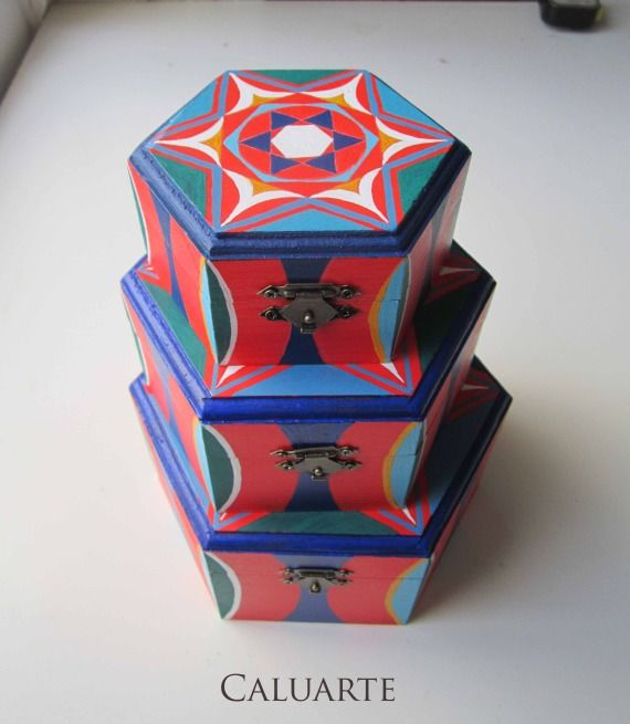 Conjunto de cajas de madera pintadas a mano madera cajas - Cajas de madera pintadas a mano ...