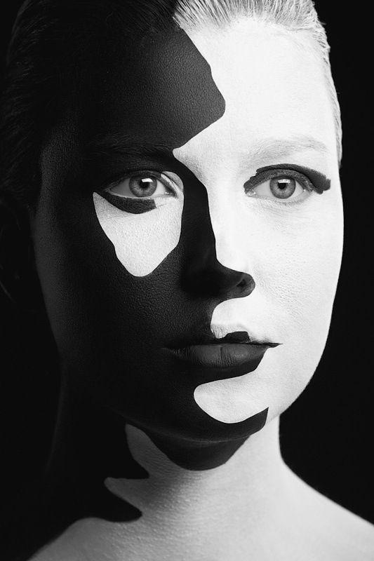 Black And White Conceptual Art Make Up Arti Pinterest White Face Paint Black And White Face Face Art