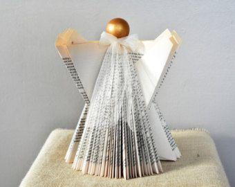 origami buch engel weihnachtsschmuck gefaltet buch kunst buch ver ndert papier engel. Black Bedroom Furniture Sets. Home Design Ideas