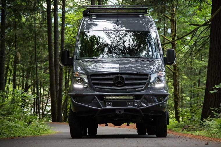 camping car van mercedes sprinter relook par oustide van van am nag camion 4x4 camping. Black Bedroom Furniture Sets. Home Design Ideas