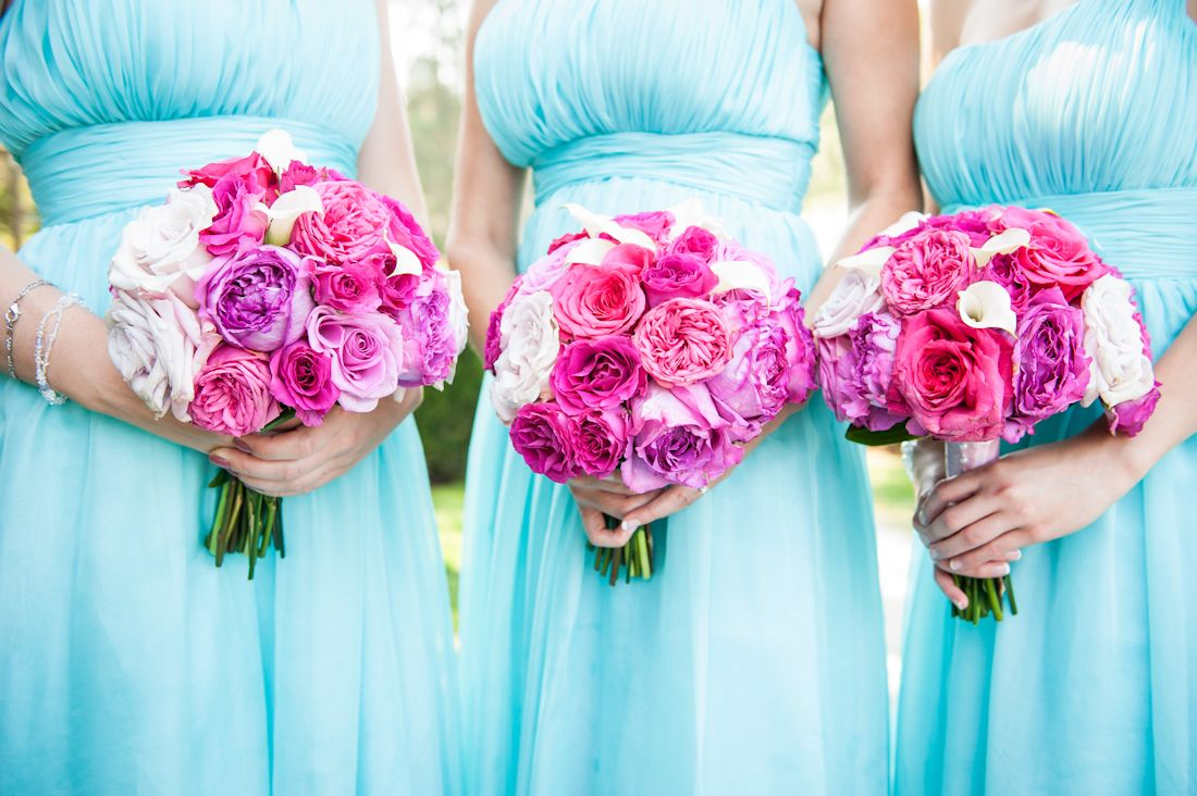 Tiffany blue wedding bridal party with bright pink bouquets this