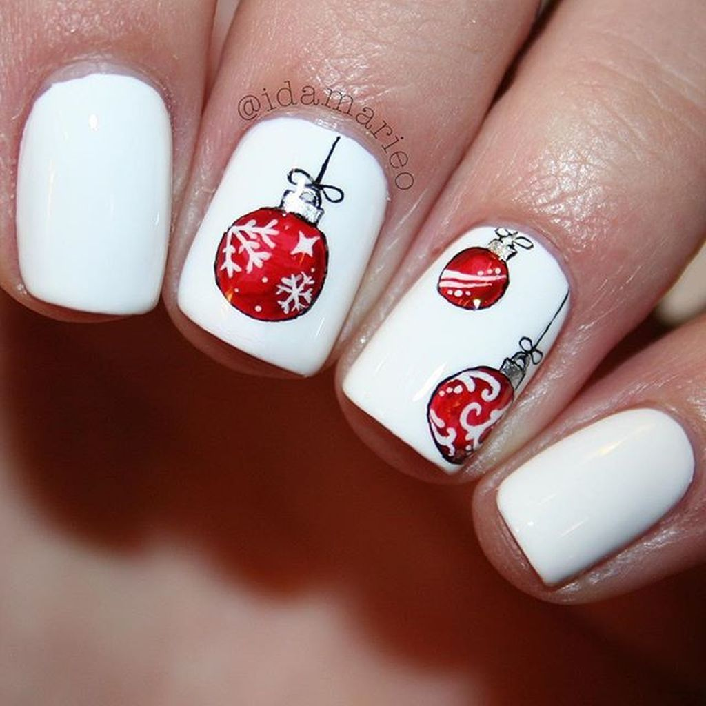56 Easy But Joyful Christmas Nails Art Ideas You Will Totally Love