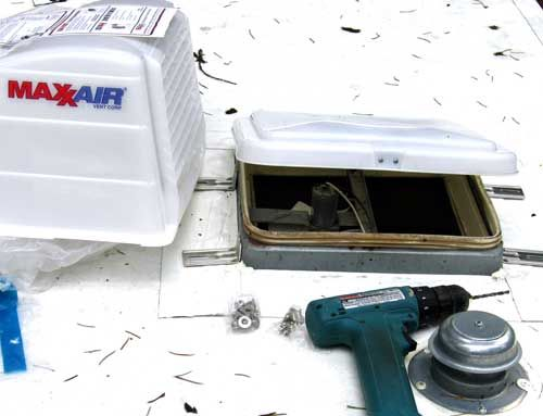 How To Install The Camco Aero Flo And Maxxair Vent Covers Roof Vent Covers Roof Vents Vent Covers