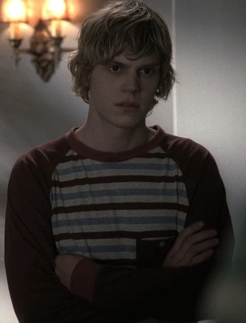"Evan Peters ""Tate Langdon"" / American Horror Story"