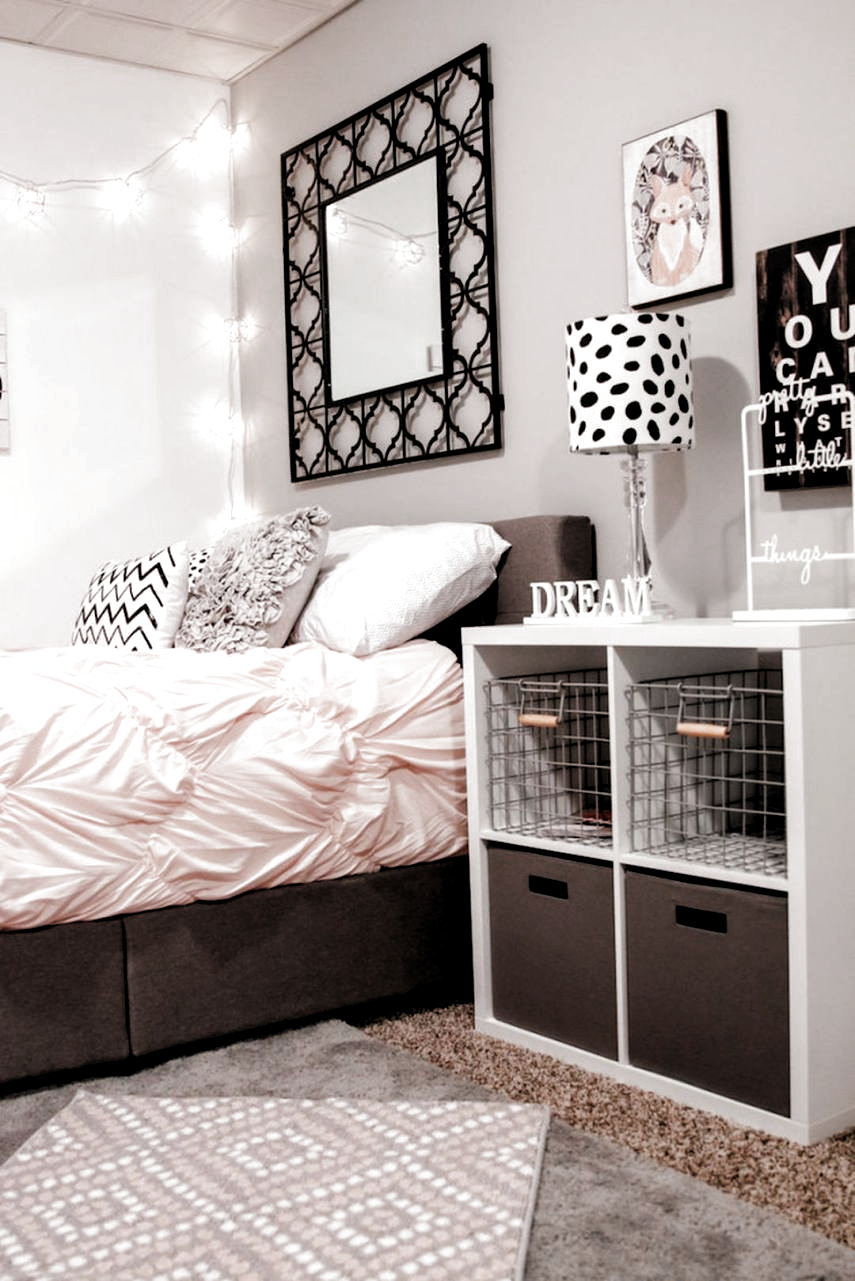 Épinglé par Lovly angu sur Room design bedroom   Deco chambre ...