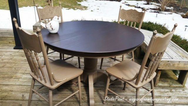 Refinished Single Pedestal Oak Table And Four Press Back Chairs