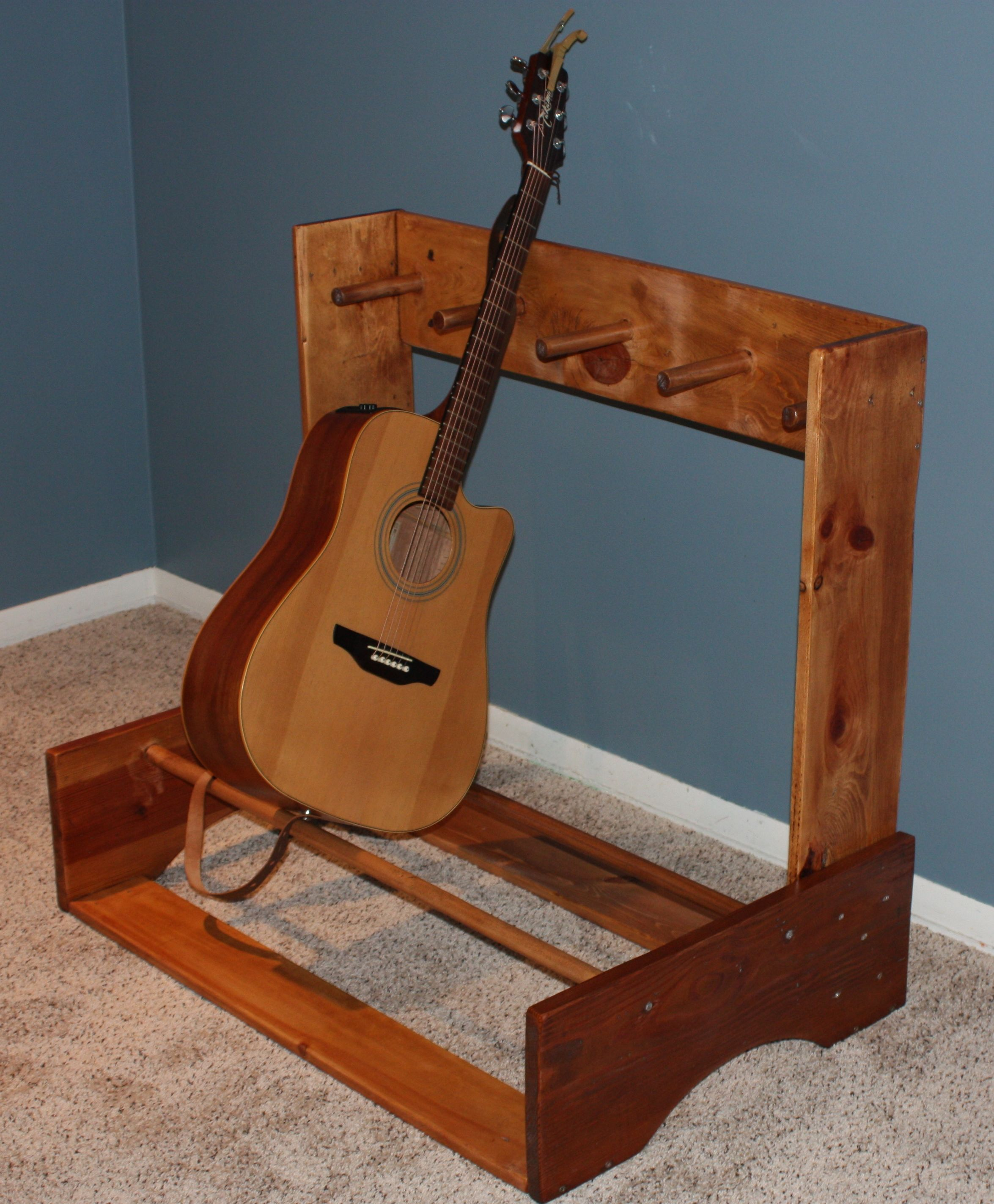 I made this guitar stand designed for 4 guitars in case i for Homemade rack case