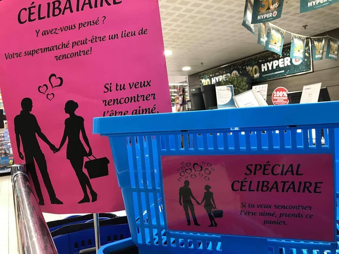 Amoureuse Initiative A Hyperulamontagne Et Vous Avez Trouve L Amour Dans Votre Supermarche Jebosseengrand Broadway Shows Broadway Show Signs Broadway