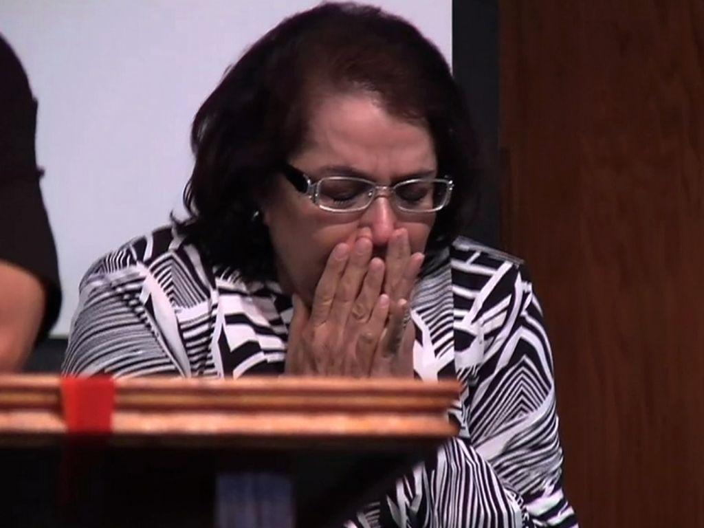 La madre de Jenni Rivera rompió en llanto al escuchar la voz de su  Hija que dolor