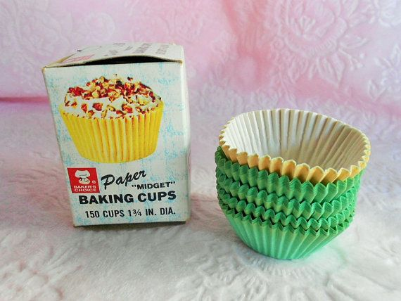 Bakers Choice Cups Paper Baking Cupcake Liners Midget 1960s 1950s
