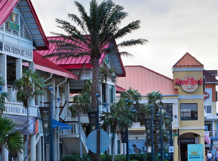 George Town Grand Cayman What To Explore Grand Cayman Grand Cayman Island Cruise Vacation