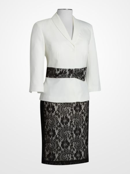 So elegant, and right on trend. #lace #blackandwhite #suit