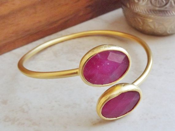 Red Oval Jade Gemstone Stackable Bangle by LylaAccessories on Etsy