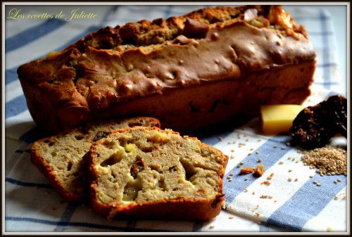 Cake à la farine de châtaigne et au sésame (...et aux tomates séchées, cacahuètes, comté et tofu fumé)