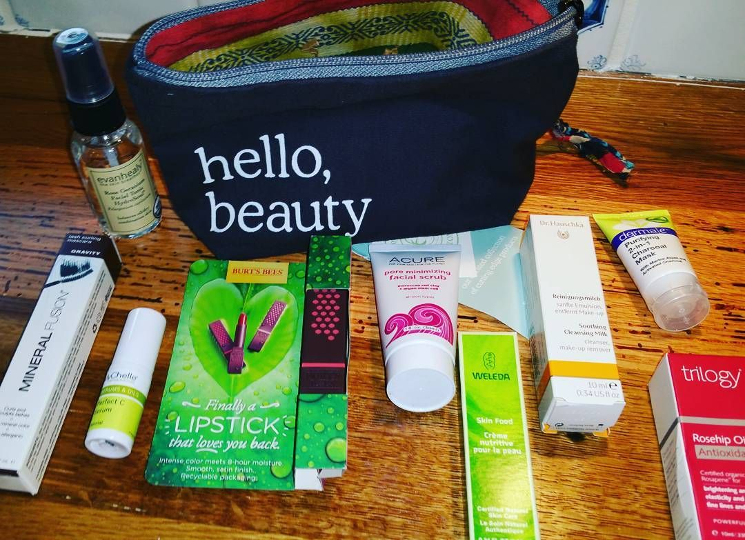 Cosmetichaulic.com - The Whole Foods Beauty Bag - out today 3/18/16 for $15!!! Awesome buy if you hurry to grab one. #cosmetichaulic #naturalbeauty #weleda #dermae #mychelle #acure #mineralfusion #skincare #makeup #wholefoods #burtsbees