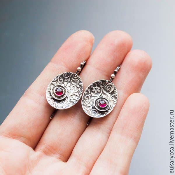 Купить Серьги из серебра с гранатами Вишневый сад - авторская ручная работа, серьги с камнями