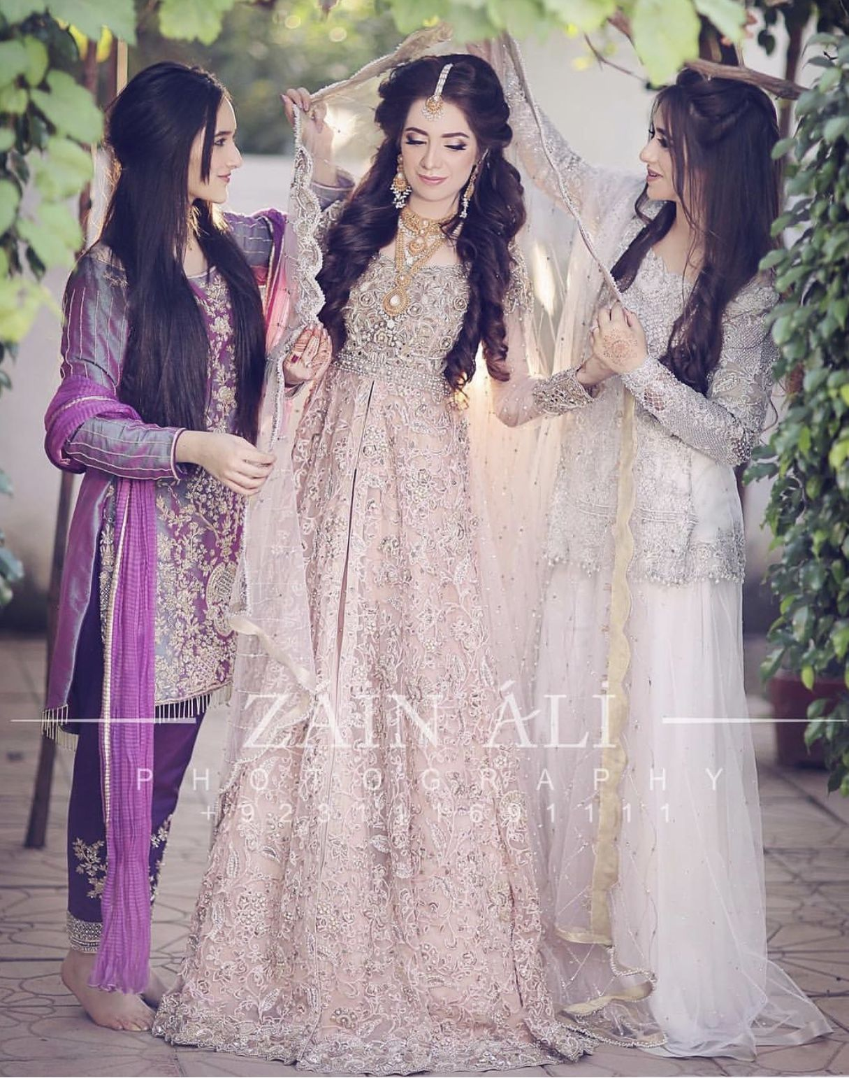 Bride with her sisters on her nikkah