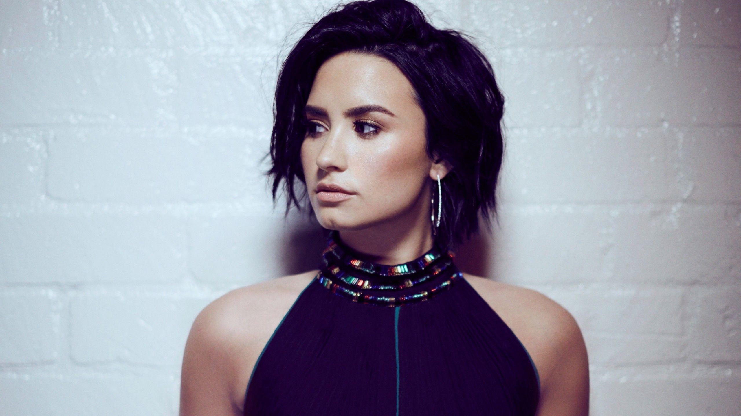 Demi Lovato Wallpaper For Iphone Demi Lovato Demi Lovato 2017 Lovato