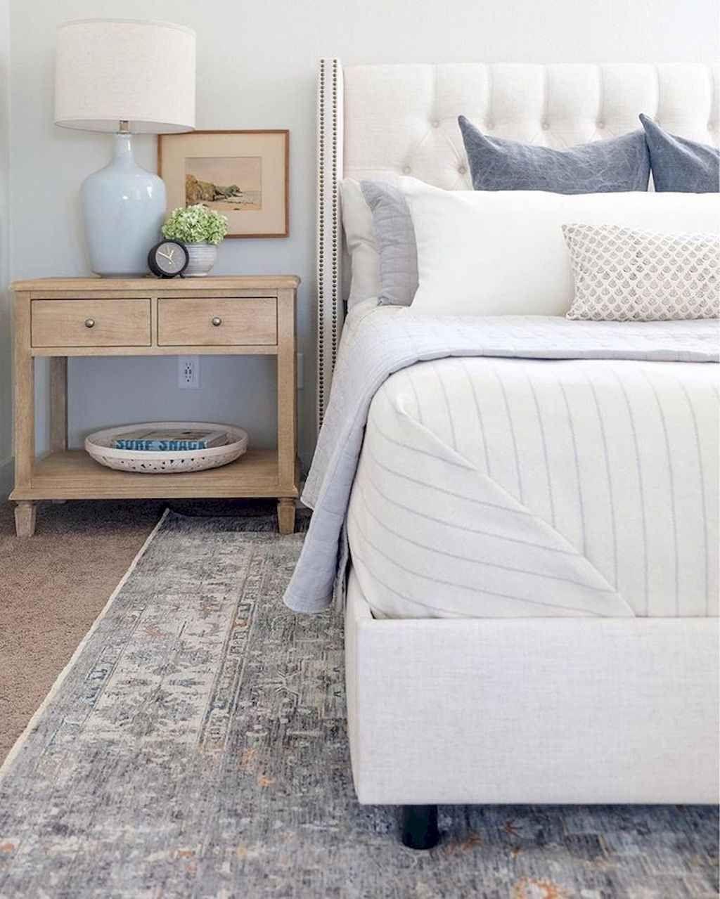 60 Rustic Coastal Master Bedroom Ideas #coastalbedrooms