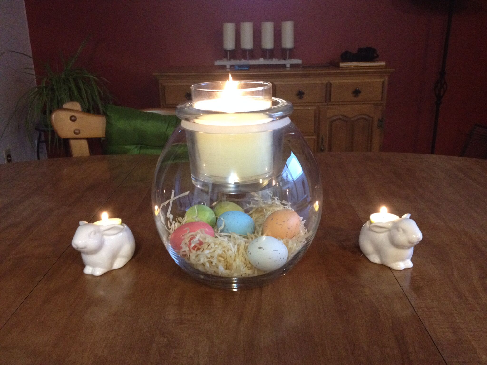 The Clearly Creative GloLite Jar Holder with a GloLite Jar Candle decorated for Easter by my BFF! Love it! Get yours today at www.partylite.biz/rappinjapfun