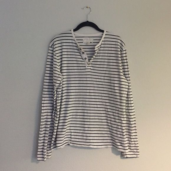 Cozy stripped long sleeve Super comfy and cute great condition Forever 21 Tops Tees - Long Sleeve