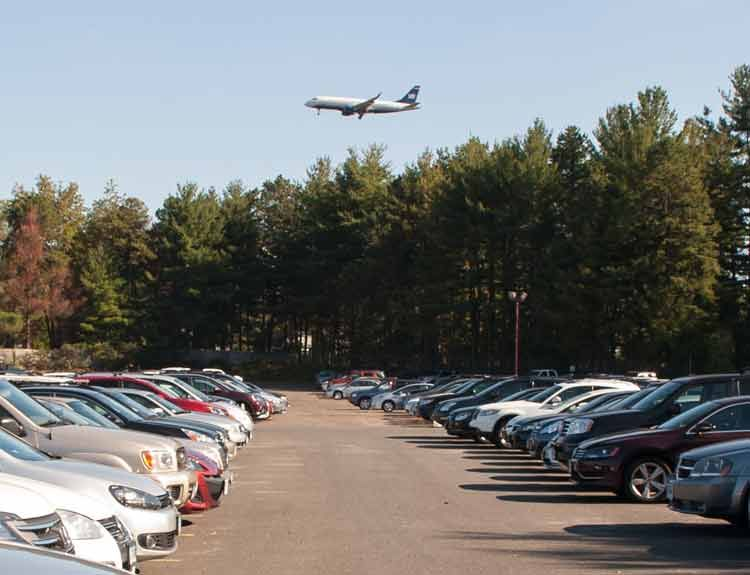 Easily Reserve Your Bdl Parking Online And Have A Hassle Free Parking Experience Bdlairpo Airport Parking Round Trip Bradley International Airport