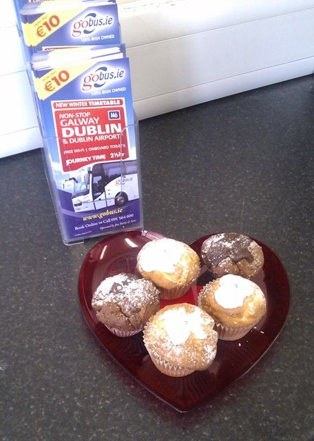 We love cupcakes : )
