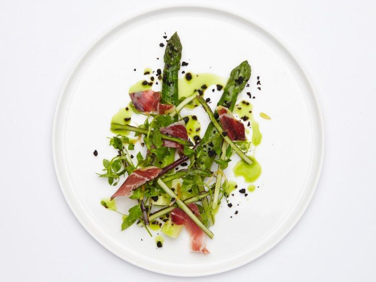 The large green asparagus with bellota ham shavings and roasted black olives at Chatomat in Paris