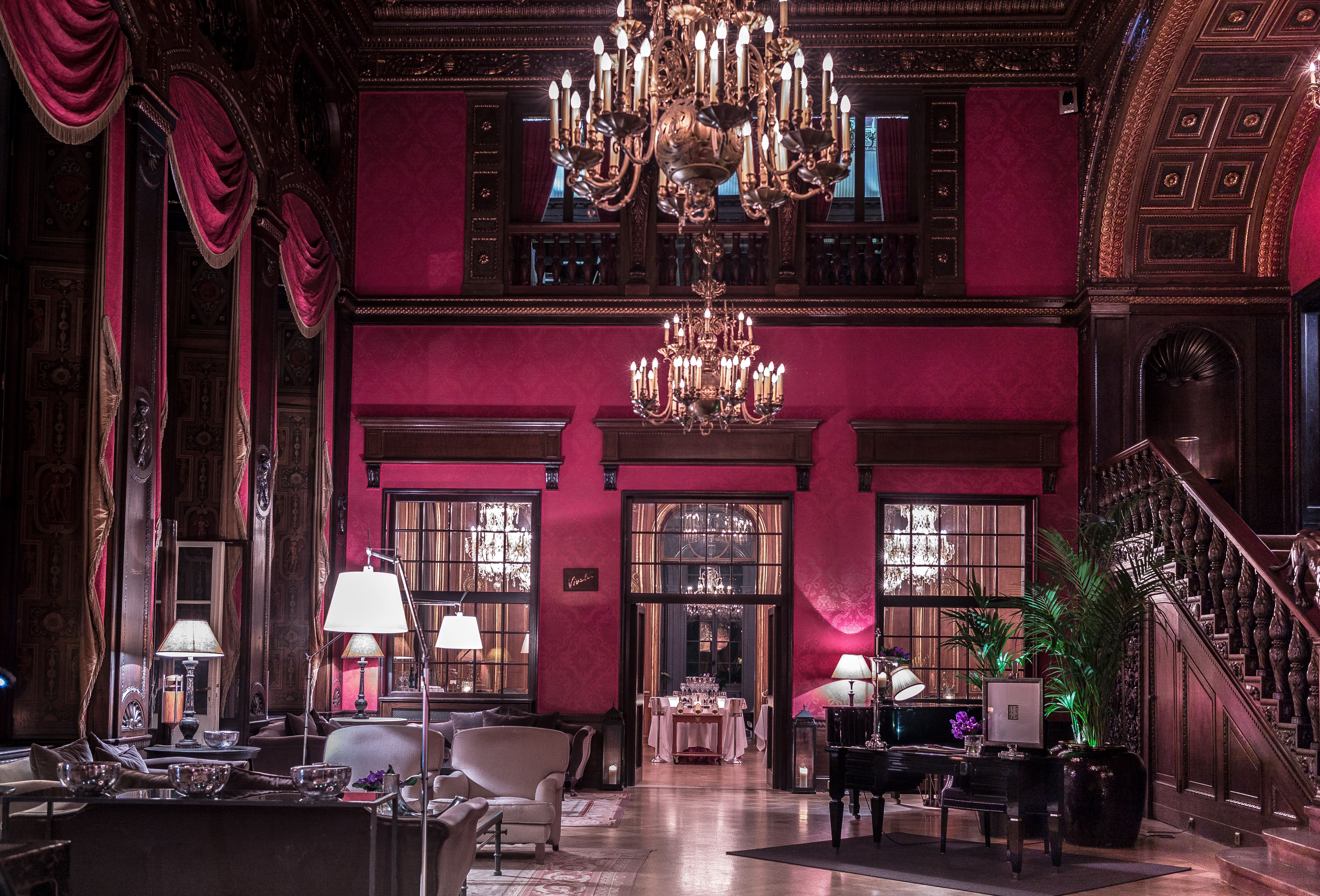 our report about @schlosshotelber from #nyptv #stunning www.ny-pamilo.tv/mediathek/travel.html
