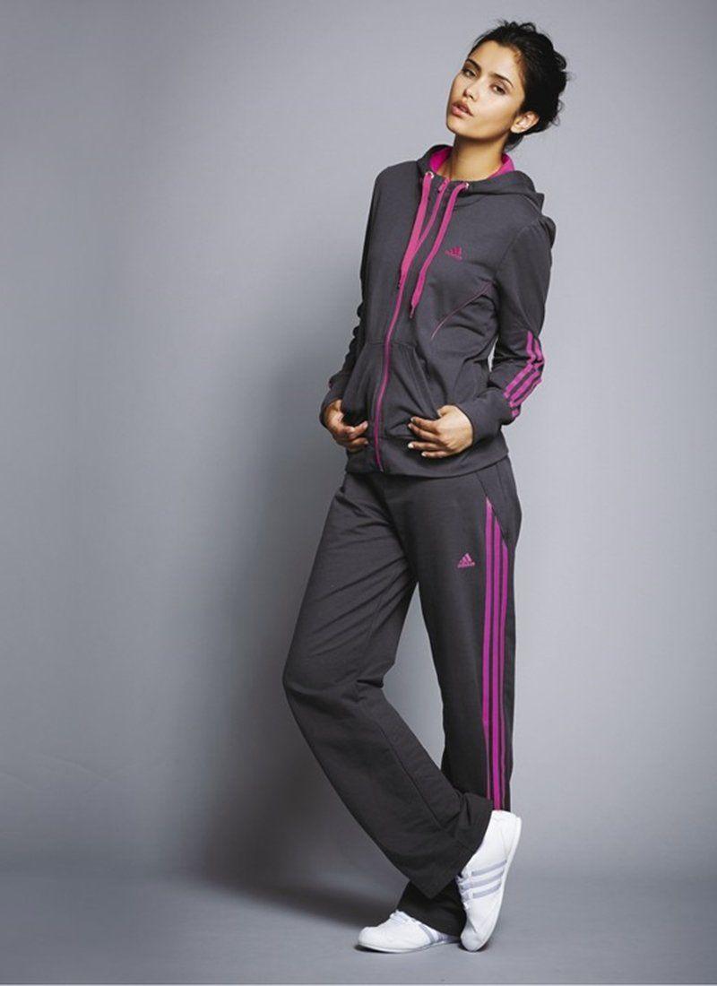 645b570bd044 Спортивные костюмы Рибок (64 фото): женские модели от Reebok, синие ...