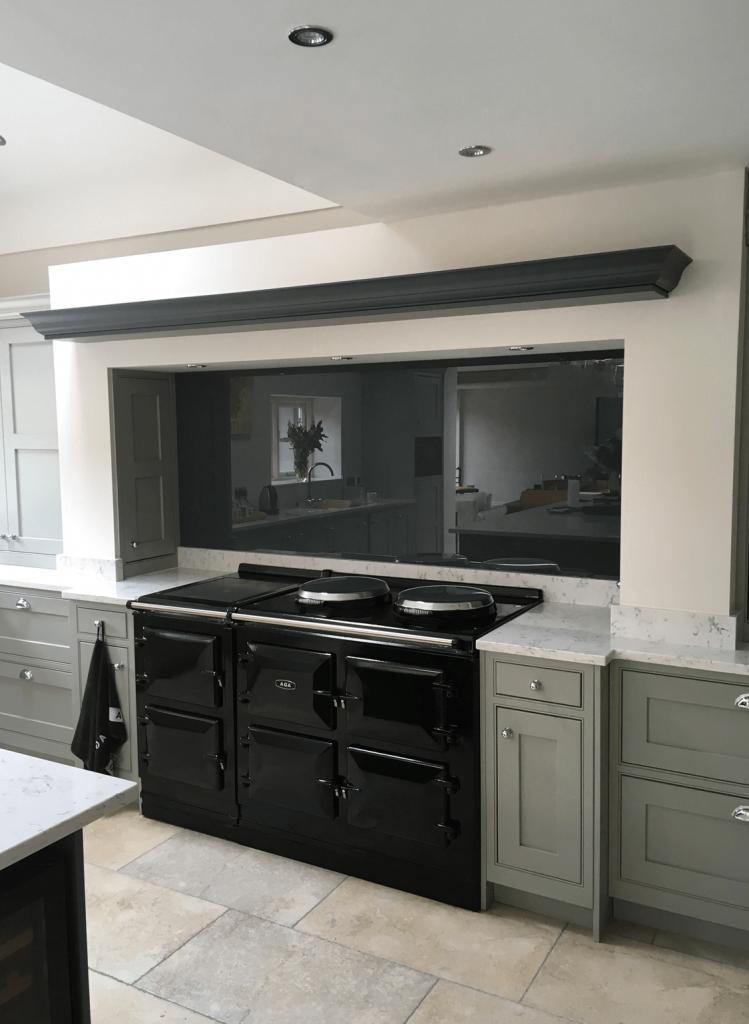 Best This Deep Grey Toughened Glass Splashback Looks Stunning 400 x 300
