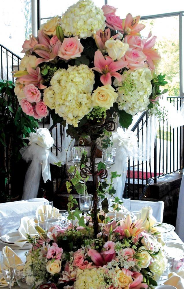 14 flores hortensias en base alta centros de mesa altos - Decoracion con hortensias ...