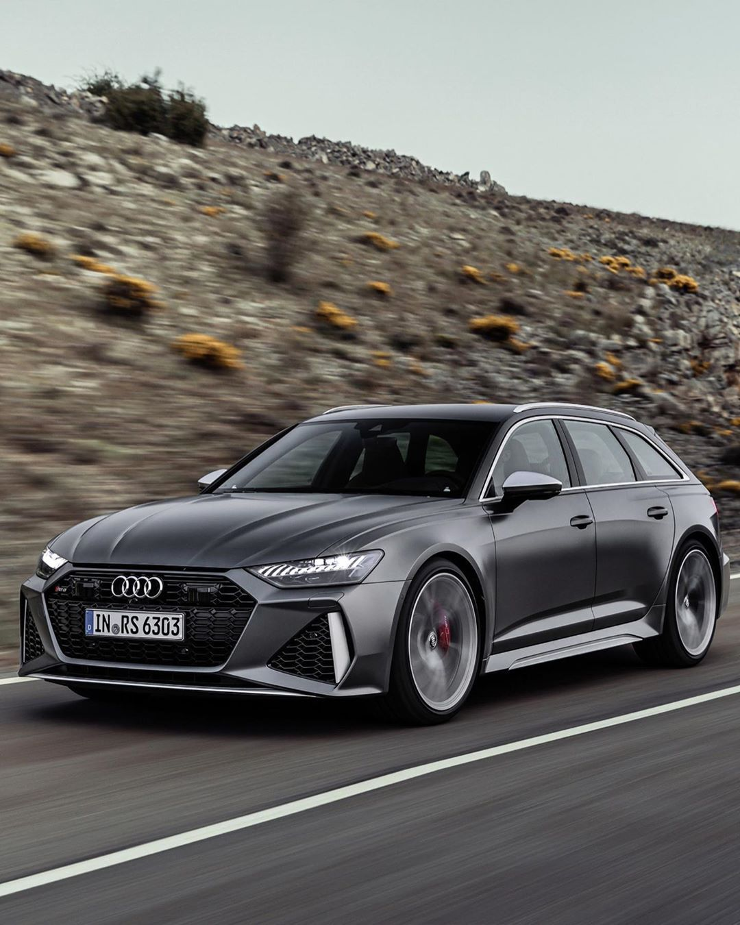 The 2020 Audi Rs6 Avant 4 0l Twin Turbo Mild Hybrid V8 With 592hp And 590lb Ft 8 Speed Automatic With Quattro Awd 0 62mph In 3 6 Secon Audi Rs6 Audi Rs Audi