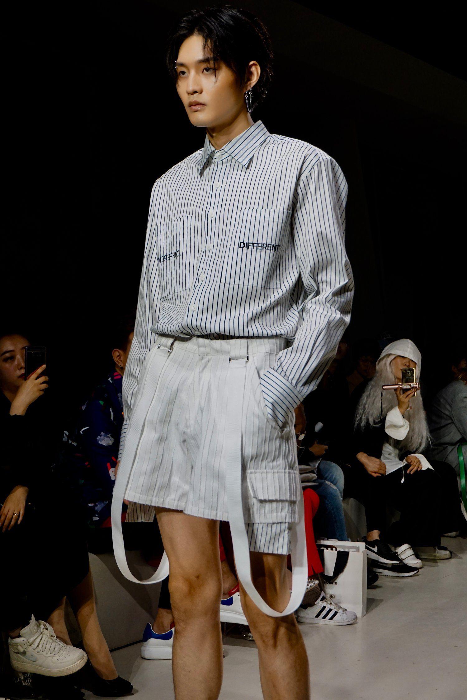 By D By Show At Seoul Fashion Week Seoul Korea Men Style Korean Kpop Idol Model Korean Seoul Fashion Seoul Fashion Week Fashion Week