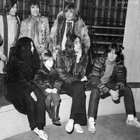 Charly Watts - Keith Moon - Brian Jones - John - Yoko - Eric Clapton