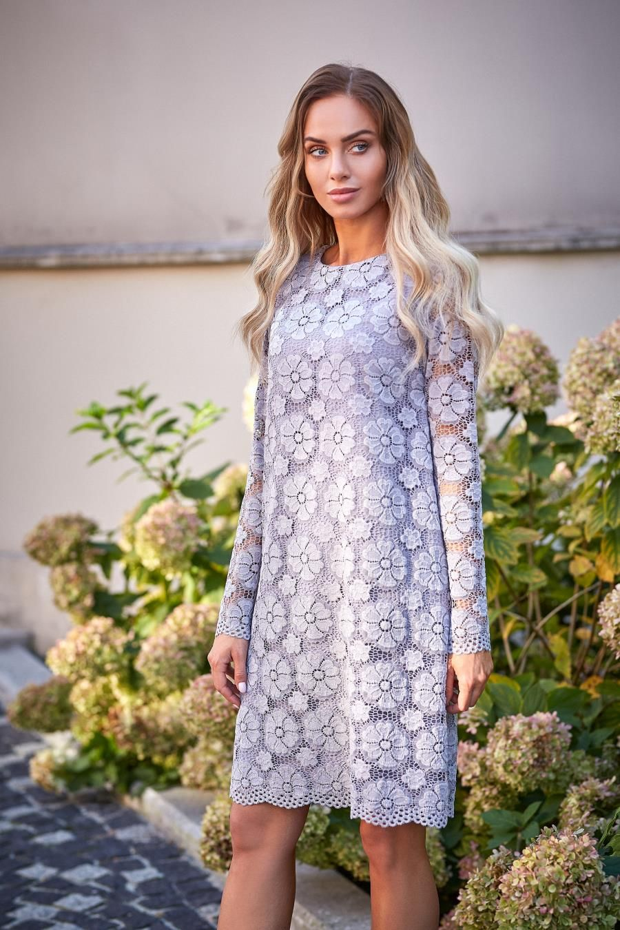 766d06bad3cec5 Koronkowa Sukienka Trapezowa Szara MO406 w 2019 | Sukienka, Sukienki ...