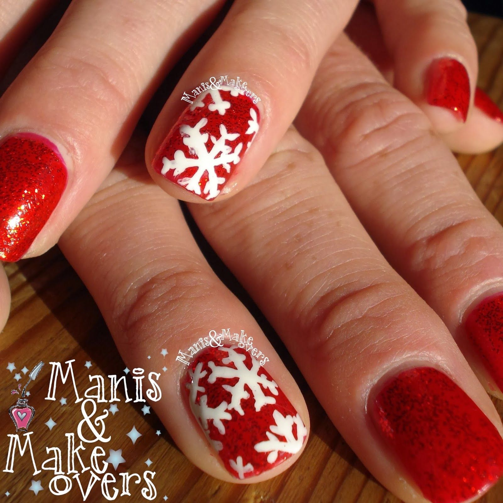 Manis & Makeovers: Sisters and Snowflakes http://manisandmakeovers.blogspot.com/2013/12/sisters-and-snowflakes.html