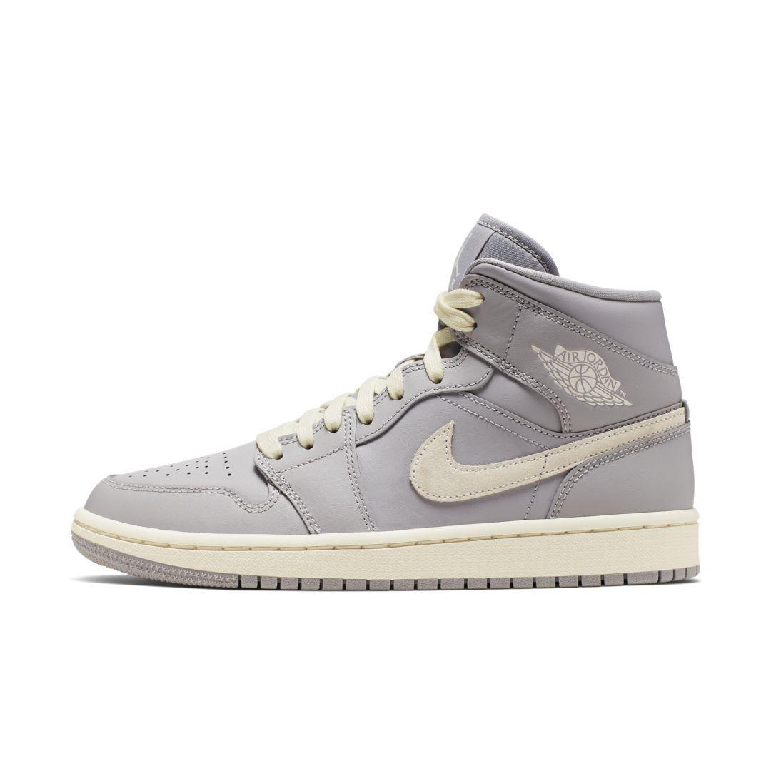Air Jordan 1 Mid Women's Shoe | Jordan 1 mid, Air jordans