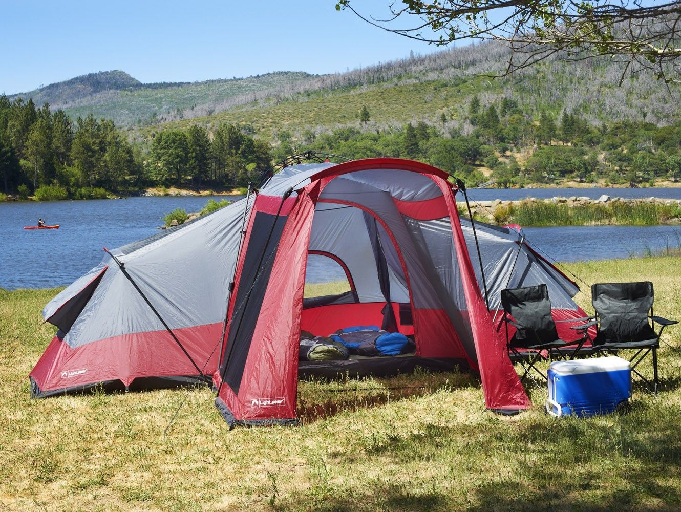 Compound 8-Person Tent in the park & Compound 8-Person Tent in the park | Lightspeed Adventure Made ...