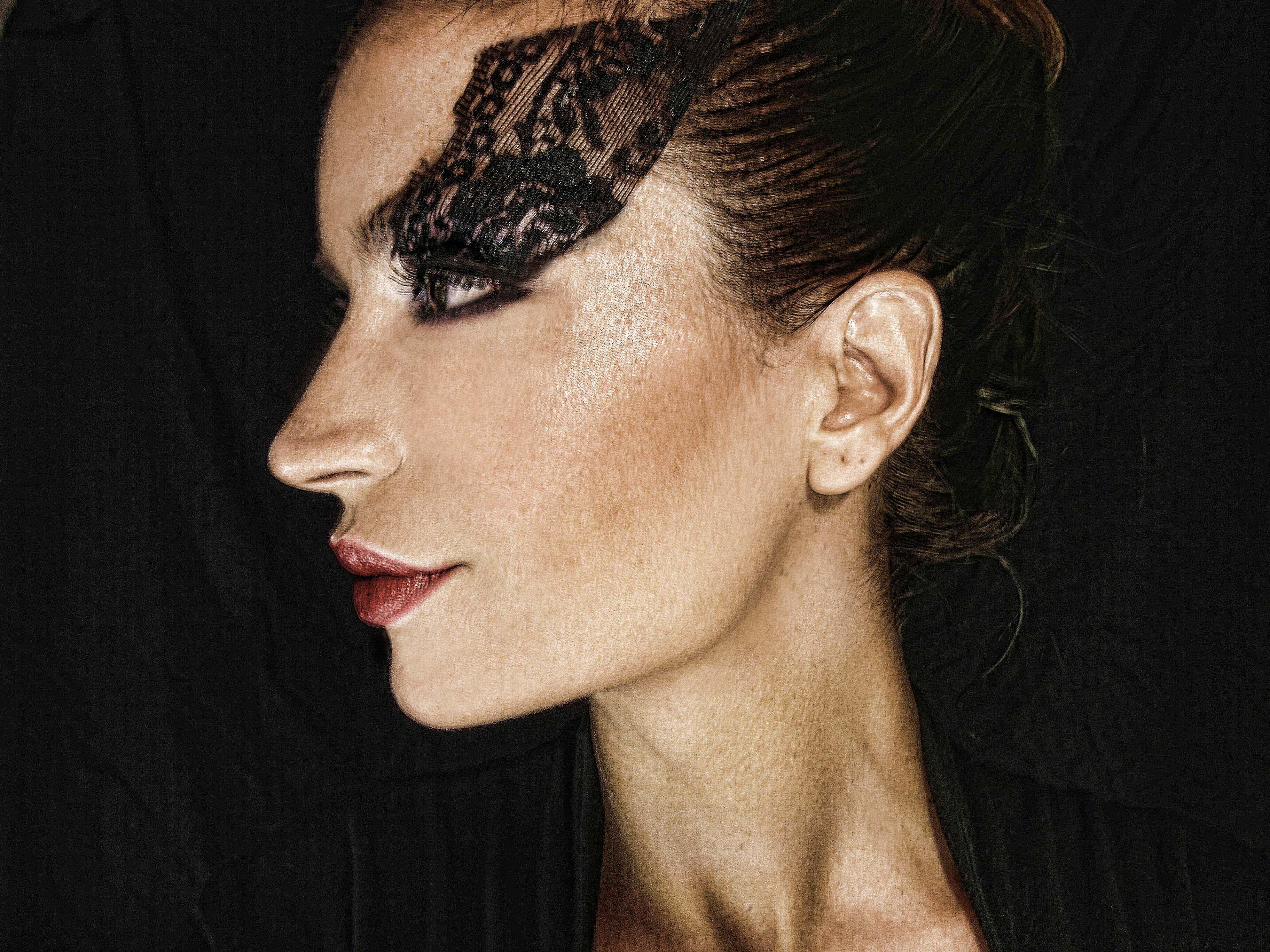 my glam makeup profile  by Semra Altinel Caggiari