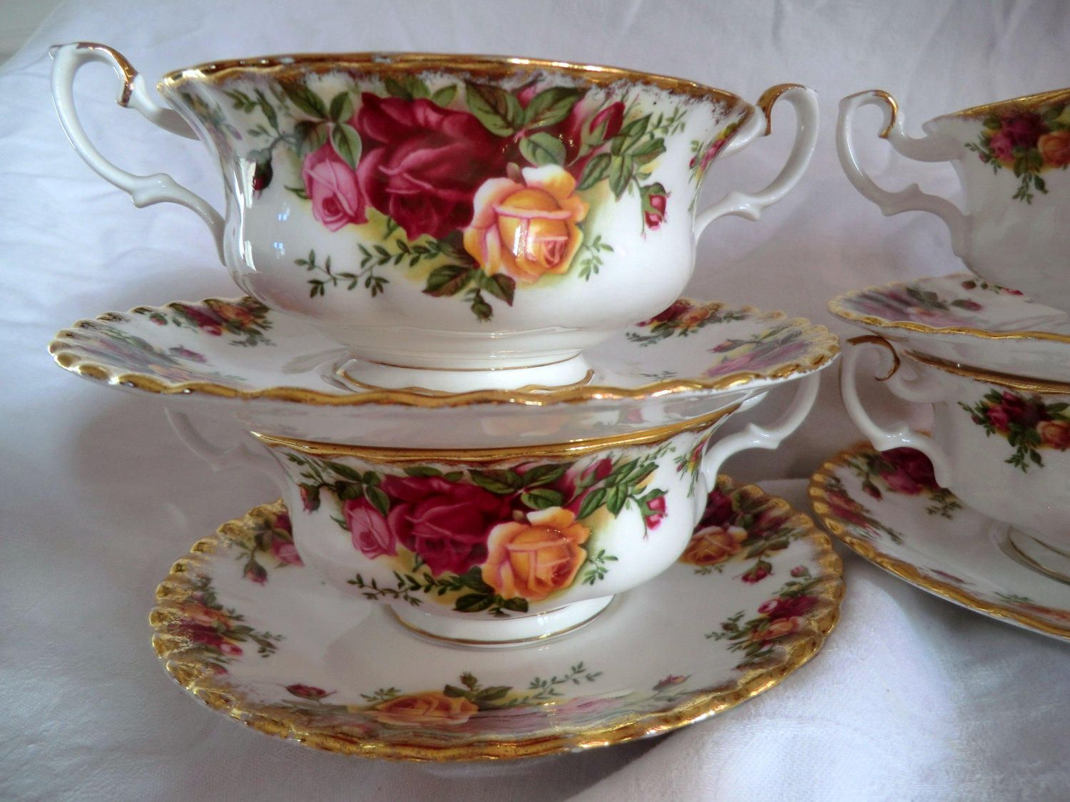 ROYAL ALBERT Old Country Roses SOUP Coupe & Plate. Vintage Soup Bowl ...