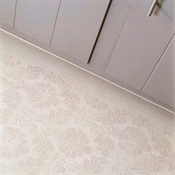 Painted floor ideas for the kitchen trisodium phosphate for Painting vinyl floor tile