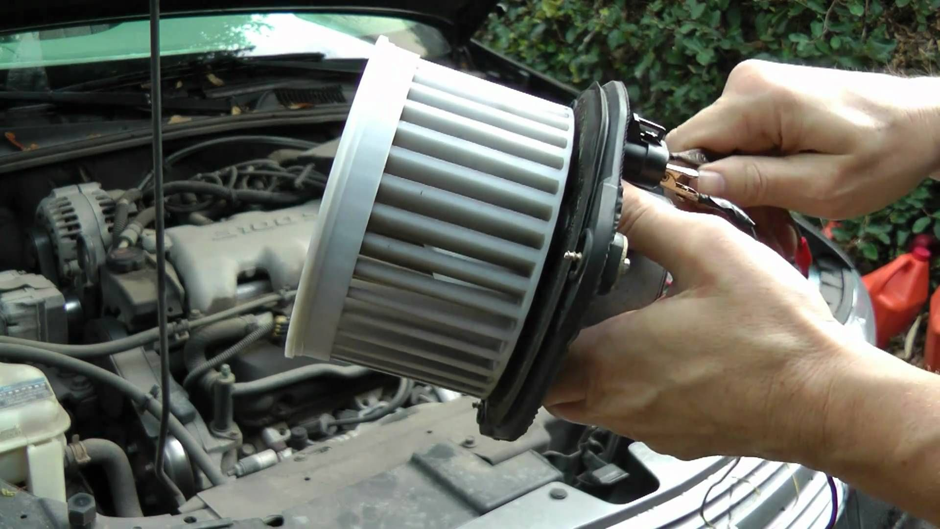Replacing A Blower Motor That Doesn't Blow Hot air, Auto
