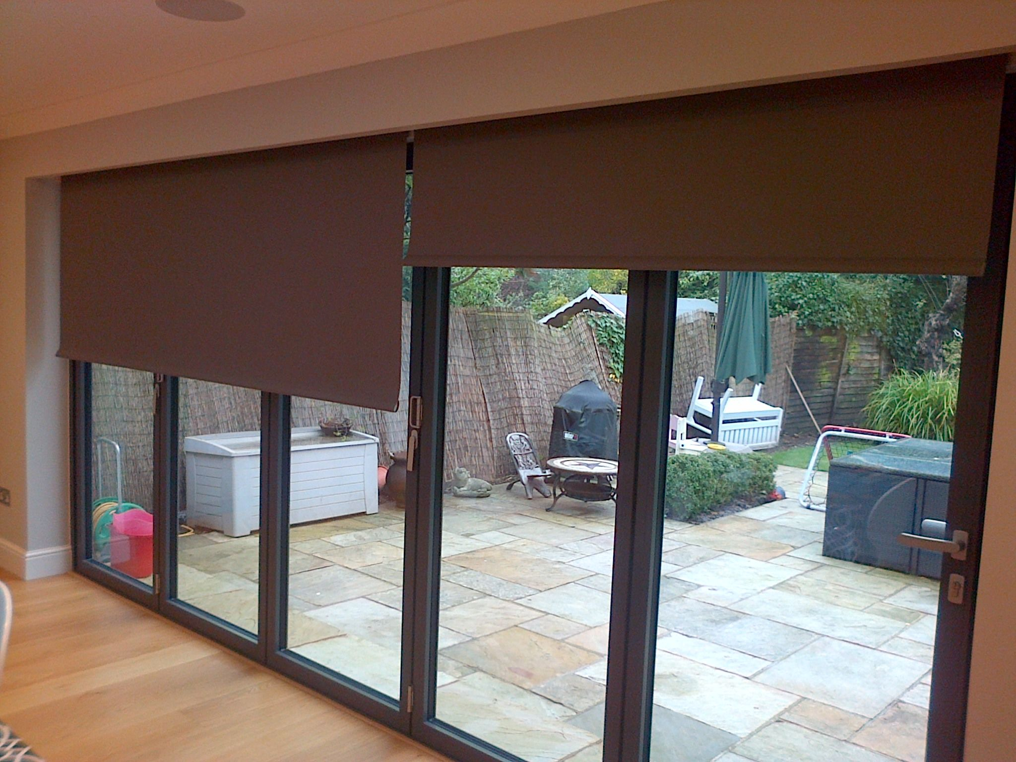 One Up One Down Complete Control Over You Electric Blinds Over The Bifold Doors By Deans Blinds Awnin Living Room Blinds Vertical Window Blinds House Blinds