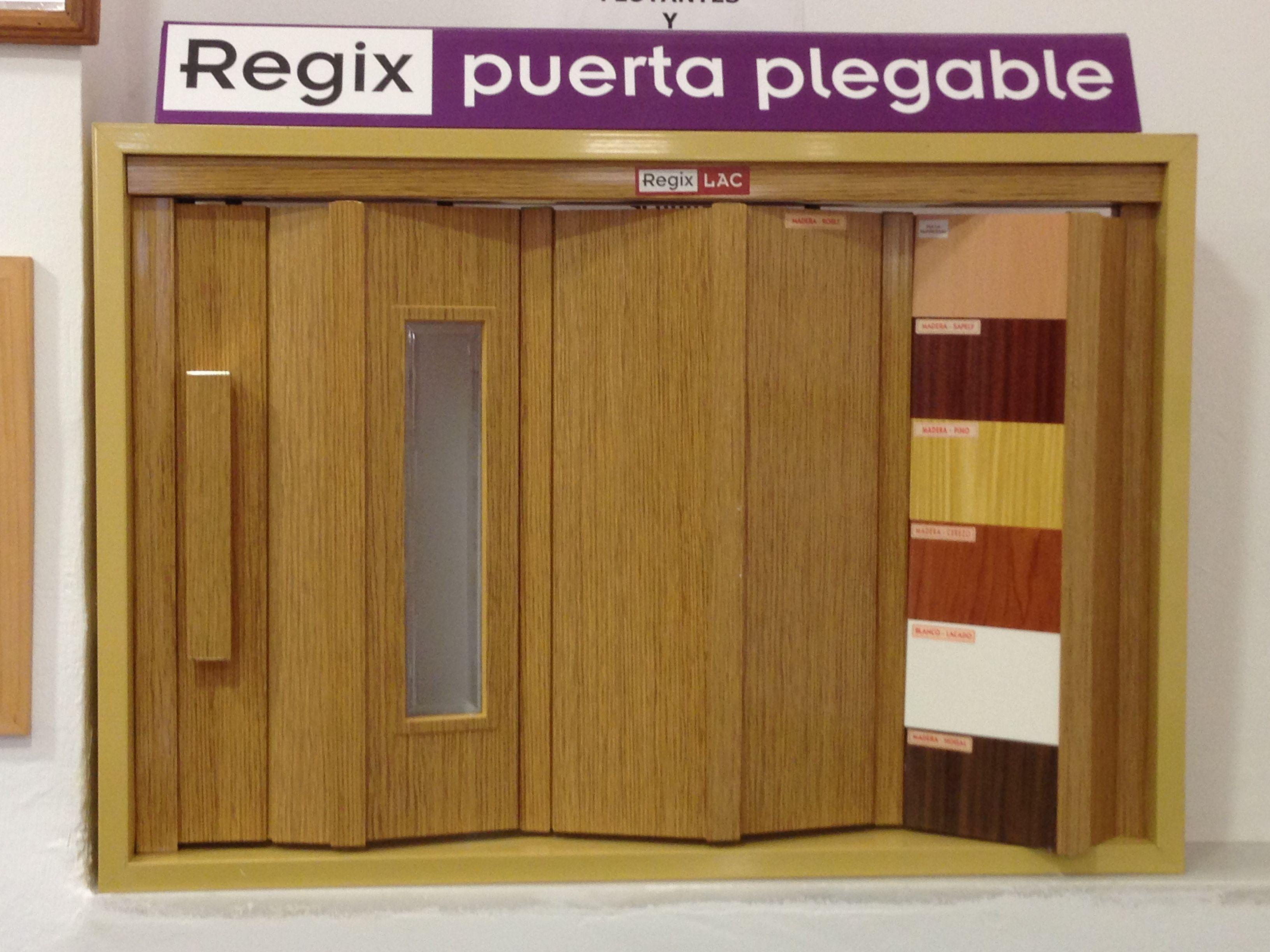 Puertas plegables de pvc lacada y puertas plegables for Puertas plegables interior