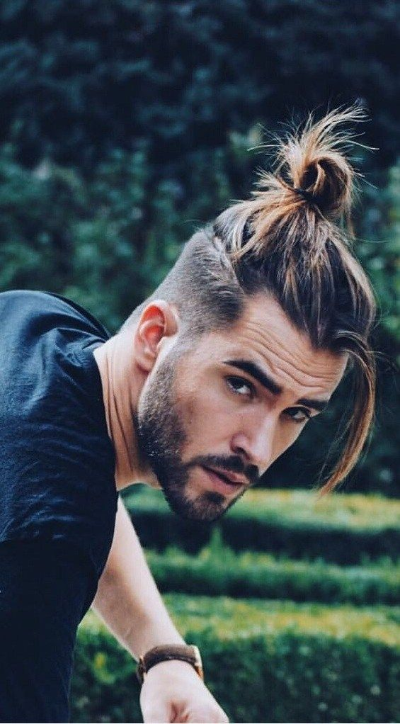 17 Latest Ponytail Hairstyle For Men Men S Hairstyle 2020 In 2020 Mens Ponytail Hairstyles Man Ponytail Long Hair Styles Men