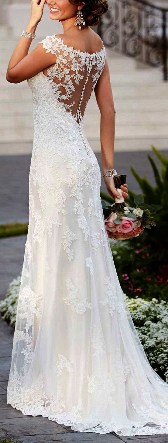 Spectacular ue lace wedding dresses with open back wedding
