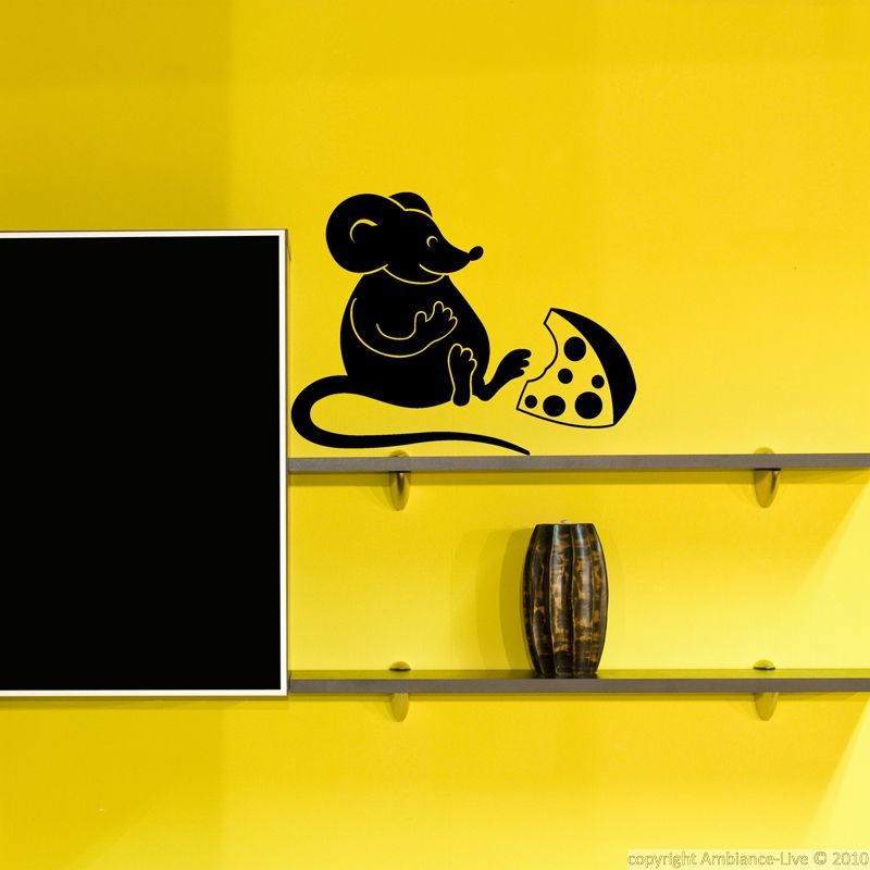 This mouse and cheese sticker will bring a funny decoration touch in your kitchen.