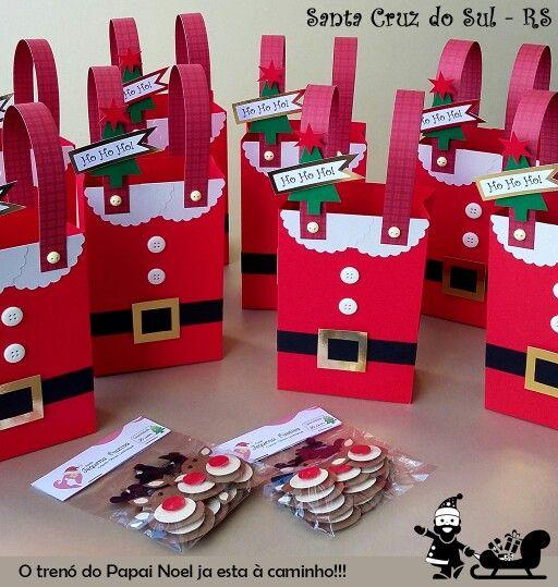 HO HO HO!!! E assim vai cantando o Papai Noel no seu trenó a caminho de Santa Cruz do Sul - RS entregar as lindas sacolinhas da nossa cliente Raquel. FELIZ NATAL!!!