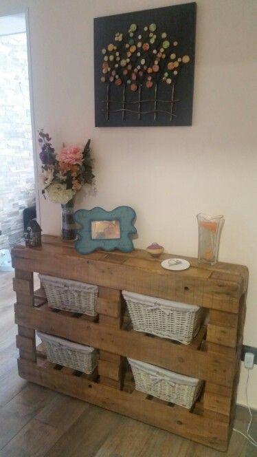 Recibidor con palets bricolaje y manualidades - Muebles entrada recibidor ...